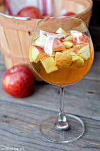 Caramel-Apple-Sangria-3